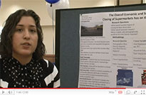 Undergraduates discuss research