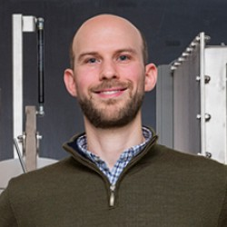 Physicist receives prestigious NSF grant